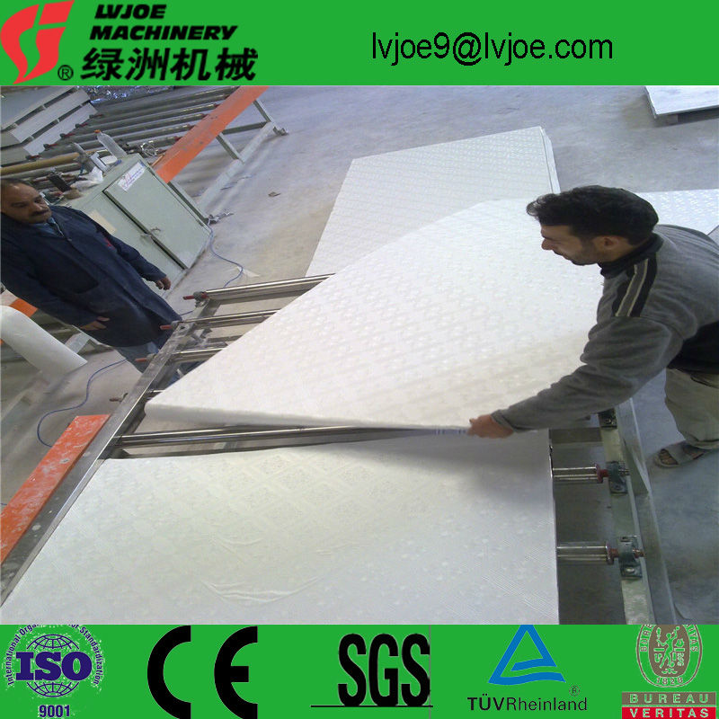 the lowest price for quality plaster of paris ceiling board making machine from lvjoe company