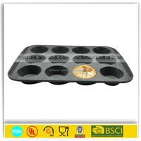 flexible Kitchen Helper carbon steel cake mould