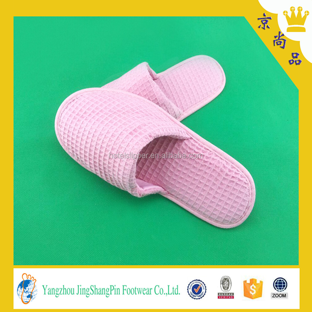 red color fashion family disposable slippers for wedding