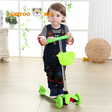 Cheap price festival sale flashing 3 wheel scooter for toddler / happy kids skating scooter