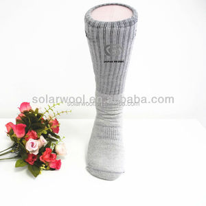 Hot Selling Outdoor Compression with Breathable Hiking Sock