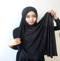 2017 new designs instant glitter muslim hijab high quality pull on islamic scarf HW240
