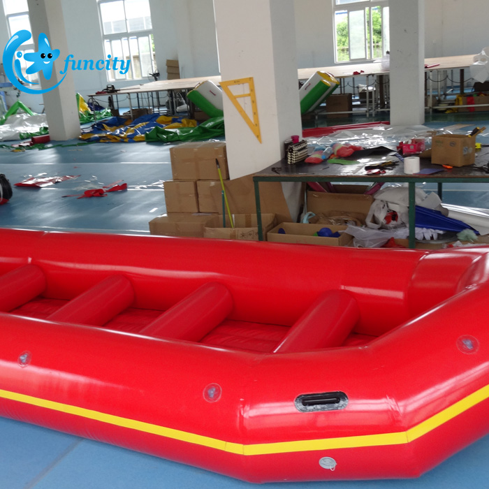 0.9mm PVC Tarpaulin Popular New Floating Rafting Boat Inflatable River Rafting Boat For Water Games
