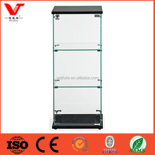 Modern and simple countertop glass display case for jewelry display