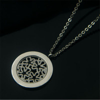 Yiwu Aceon Stainless Steel Flower Pattern Disc costume wholesale pendant scarf necklace