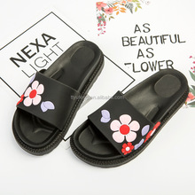 Popular design flat women slipper lady slipper sandals