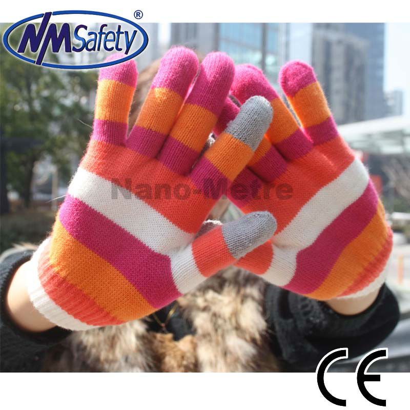 NMSAFETY touch screen glove material for iphone ipad in winter