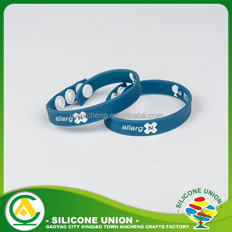 Hot selling branded rubber silicone bracelets with sayings for gift