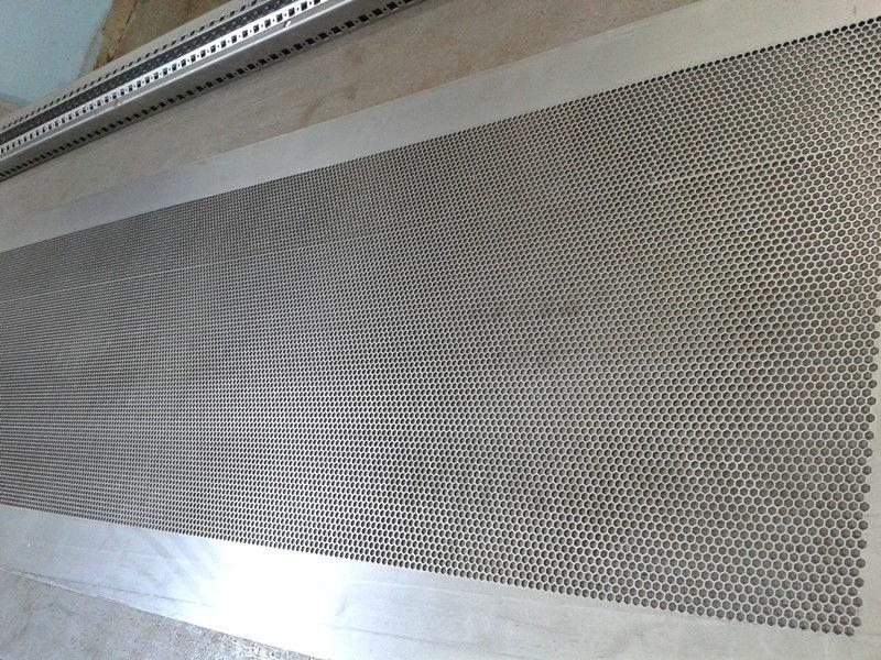 عالية الدقة استقامة آلة لشبكة معدنية أو لفائف الصلب