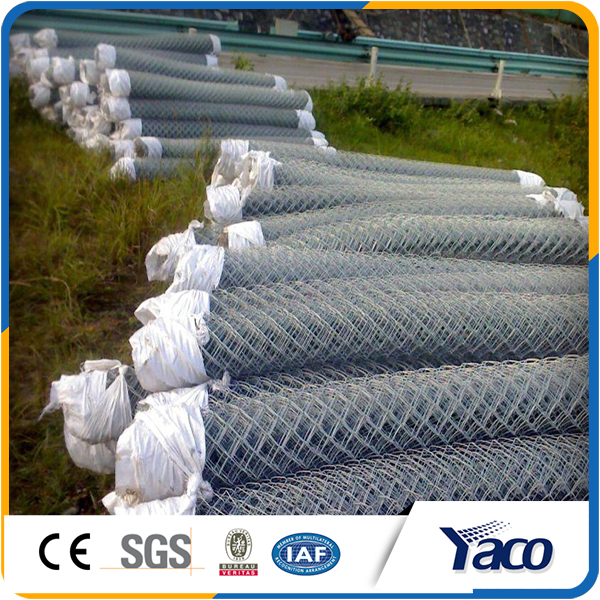 Easy installation Good rigidity Galvanized chain link fence panels