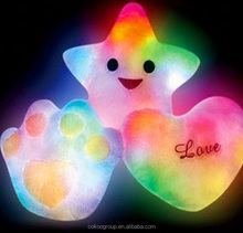Factory direct sale stuffed plush heart LED bed pillow children gifts lovely plush LED bed pillow/led pillow
