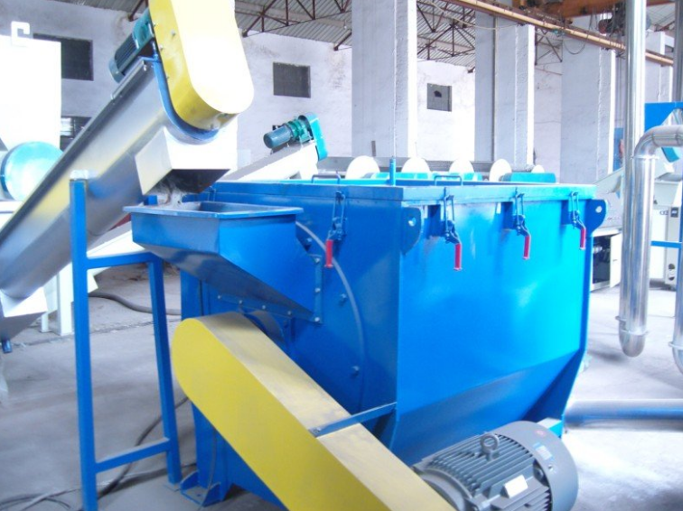 plastic dewatering crushing recycling machine