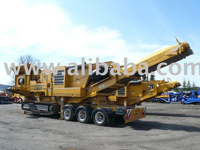 EXTEC C12+ Mobile Jaw Crusher