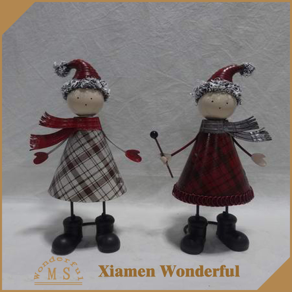 new design christmas indoor home ornaments metal snowman figurines