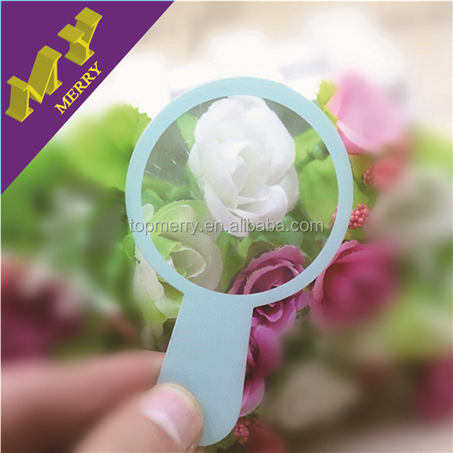 Personality crafts small pocket magnifier with scale