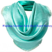 2013 fashion jacquard square silk scarf with solid color