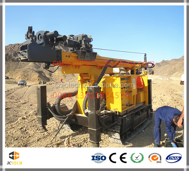 Ground drilling machine for soil investigation
