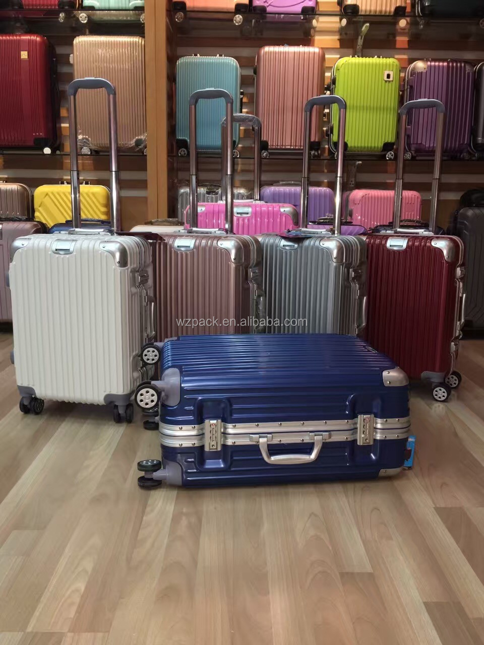 High Quality Business Trolley Luggage Travel Aluminum Frame Tralley Case With Wheels