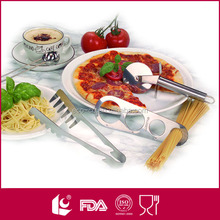 pasta set incl.coffee spoon and spaghetti measurement and pizza cutter and spaghetti tong