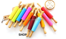 Wholesale Wooden Rolling Pin with Silicone Roller