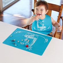 Size of 40X30 centimeter drawing washable silicone kids table mat