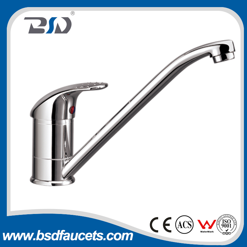 Single Handle Deck Mounted Chrome Plated Turnable Spout New Fashion Kitchen Sink Faucets China Supplier