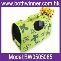 Dog carrier outdoor use ,h0tqe hot selling canvas comfortable dog carrier , waterproof canopy portable pet carrier bag