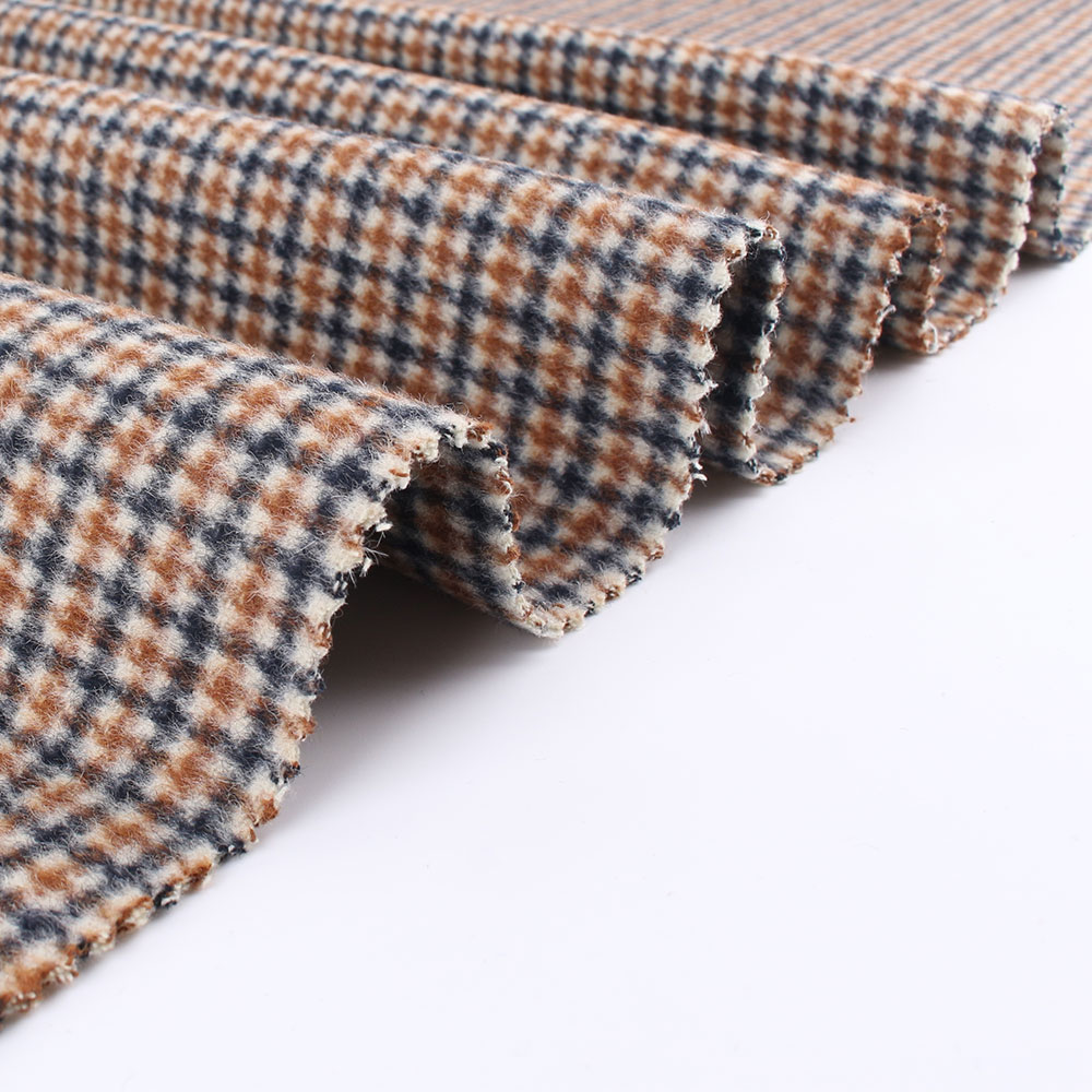 Hot selling woven wool polyester plaid school uniform fabric