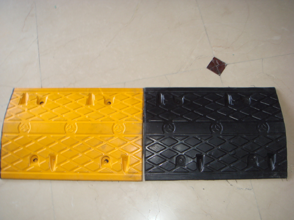 Easy Install traffic rubber speed bump