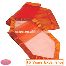 China supplier Useful Plastic disposable paper table runner