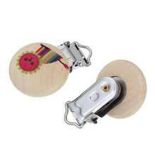 Custom Round Multicolor Lion Pattern Wood Baby Pacifier Holder Clip