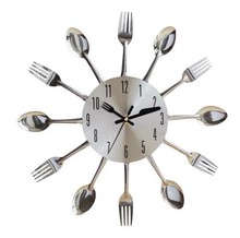 Very Cheap Gift Items Unique Spoon And Fork Clock For Promotion Gift