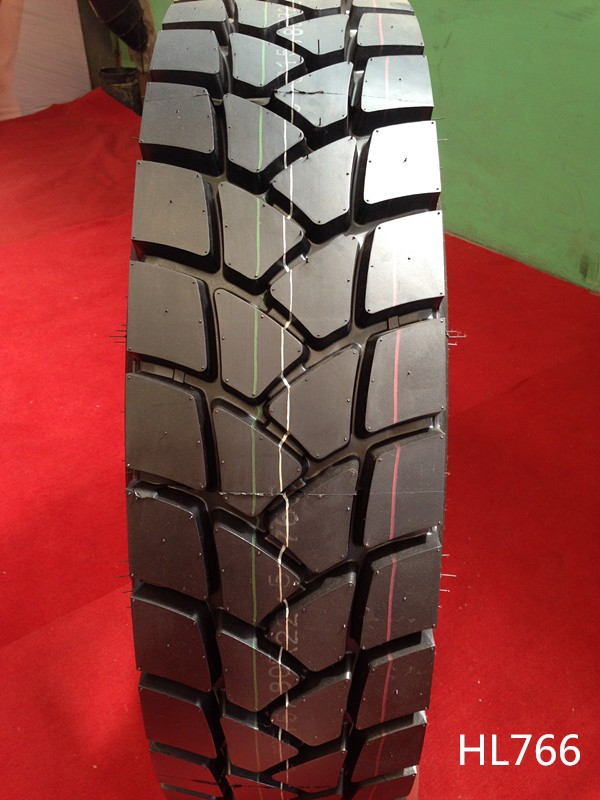 Heavy load capacity tubeless truck tire 315 80 r22.5 for long haul truck