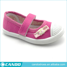 new across strap design guangzhou baby girl soft sole moccasins shoes for baby