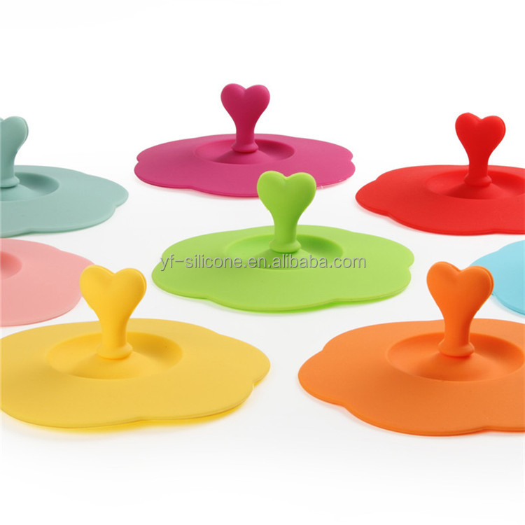 Wholesale Multipurpose Silicone Cup Lid with Spoon clip ,Silicone Cup Cover with Spoon clip
