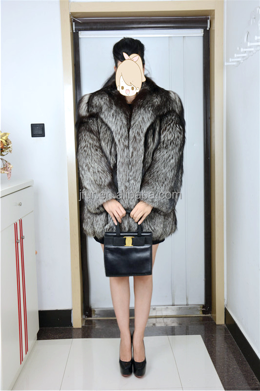 Fashionable Wild Design Whole Fox Long Fur Overcoat 2017 Winter Women Fur Coat