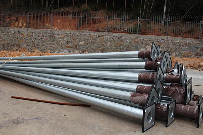 price poles