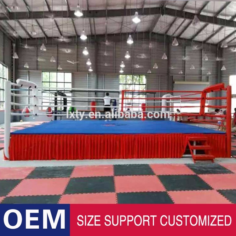 floor boxing ring with boxing rope