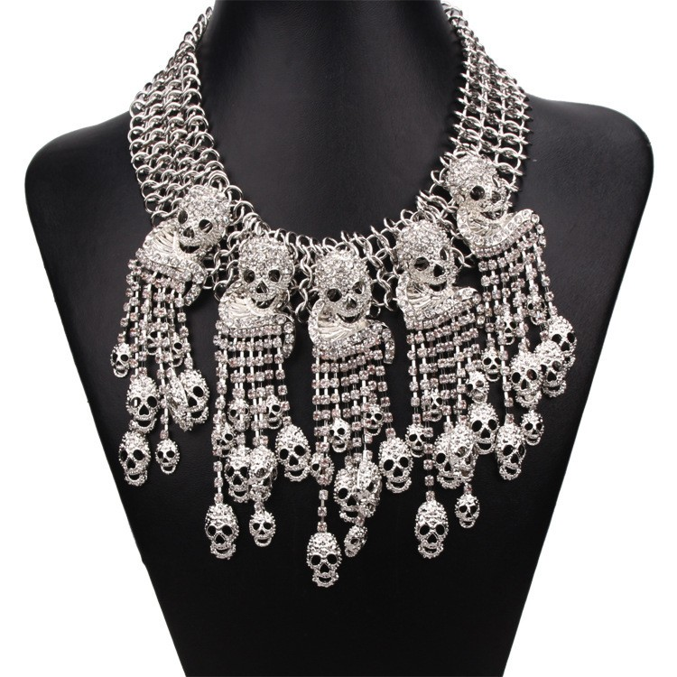 Gorgeous skull necklace full crystal skull statement necklace Gold silver black skull necklace