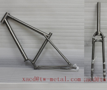 Custom titanium CYC bike with gear boxTitanium cyclocross bike frame and fork XACD made city bike with removing welding ripple