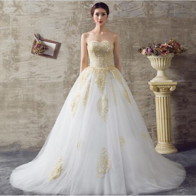 NE027 2017 White and Gold Wedding Dresses A Line Sweetheart Lace Up Back Royal Train Off the Shoulder