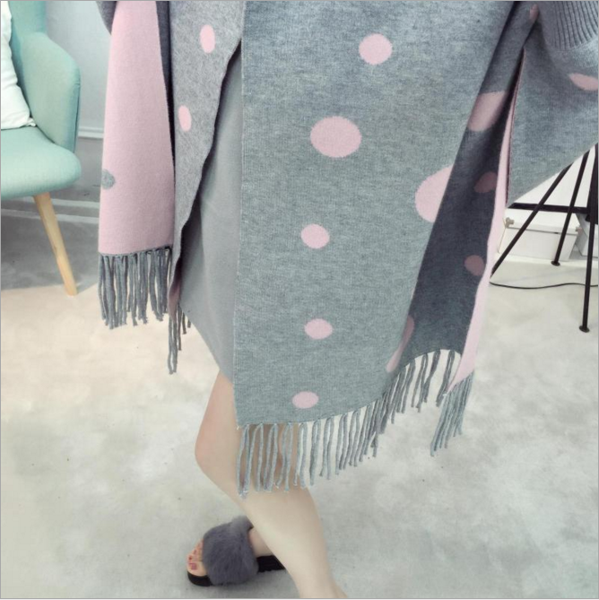 2017New fashion loose wave point tassel shawl sweater