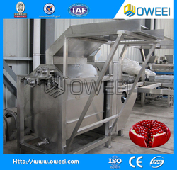 High efficiency pomegranate cutter and extractor machine