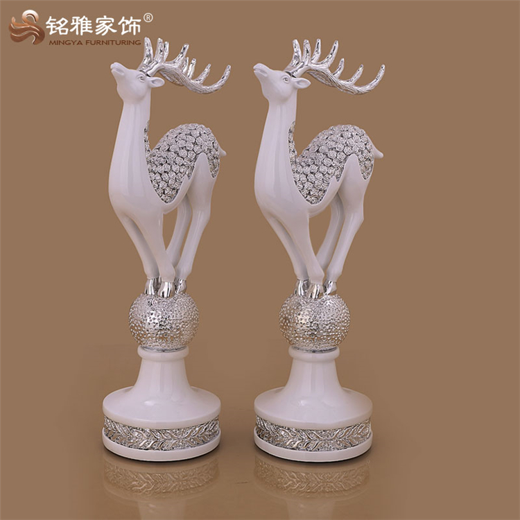 Tabletop wedding ornament polyresin standing deer figurine