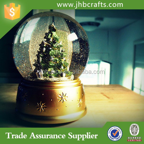 Custom Resin Souvenir Snow Globe Home Decoration