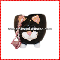 Lovely black cat shaped ceramic knitting yarn holder