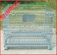welded wire mesh cage with poultry