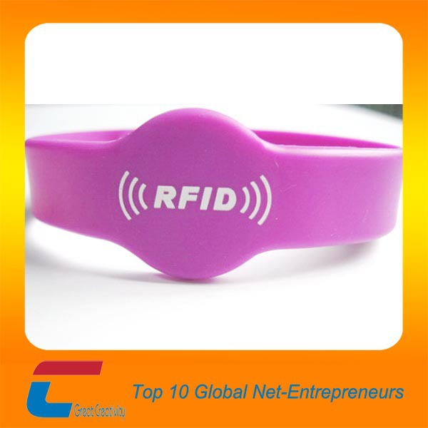 Focused blue silicone rfid nfc wristbands for event