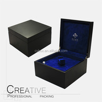 Luxury display wooden perfume box with rotating motor