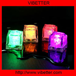 2014 new flashing led ice cubes